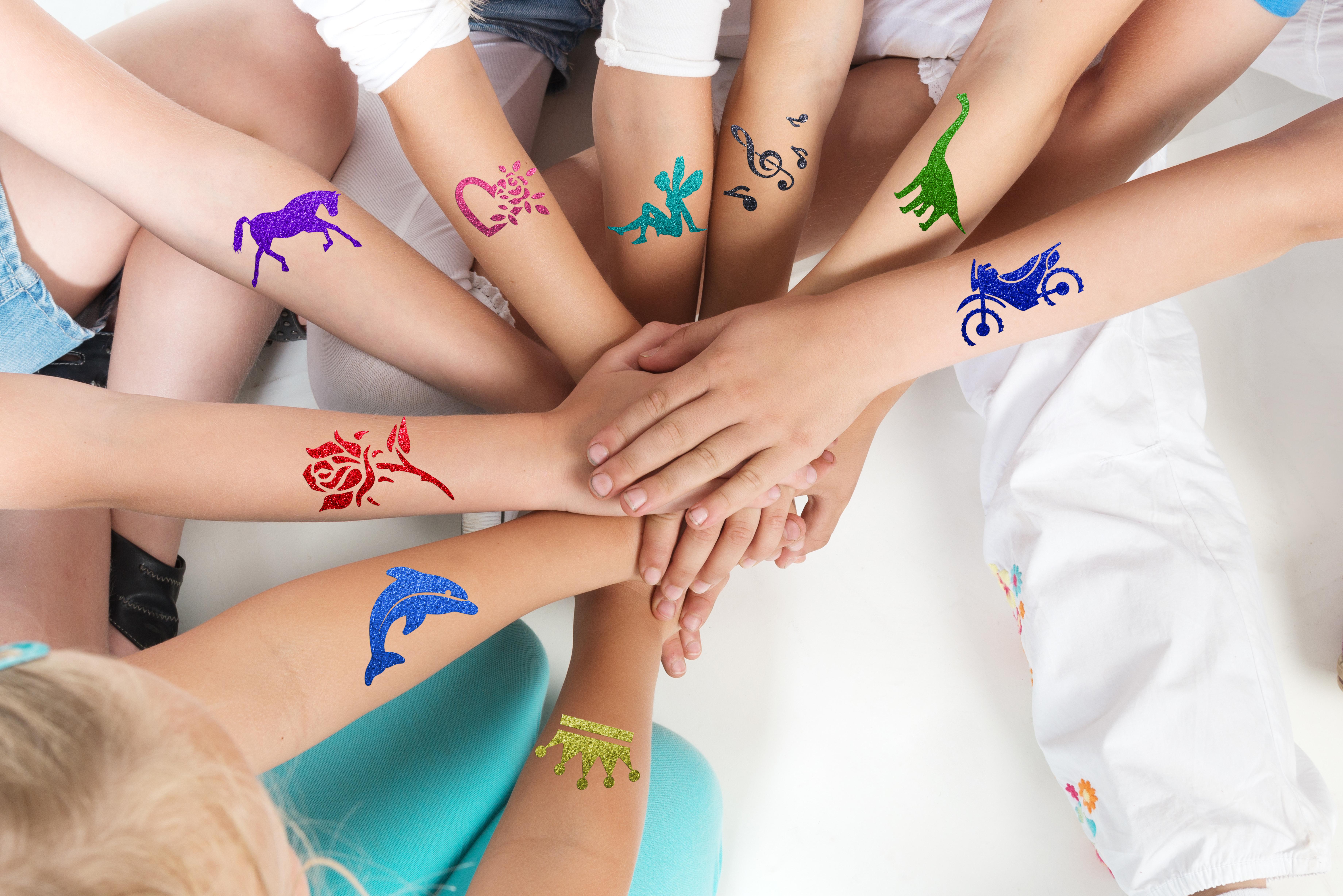 Glitzer Tattoo SET JUNGE mit Profikleber, 1x Pinsel, 4x Glitzer, 9x Tattooschablonen